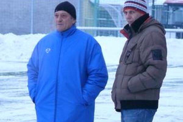 Zdeno Štrba na úvodnom tréningu zimnej prípravy medzi hráčmi na ihrisku chýbal. Kvôli doliečovaniu po operácii sa k tímu pripojí neskôr.