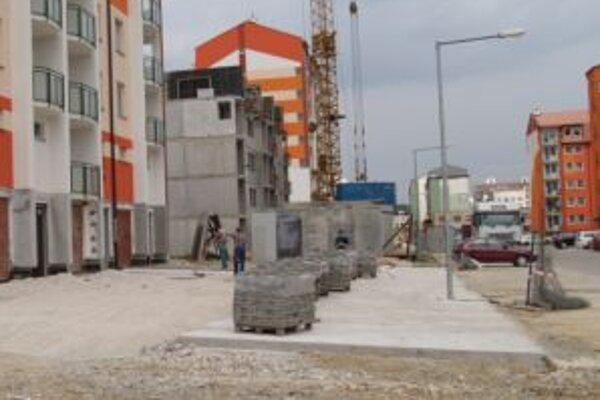 Výstavba nájomných mestských bytov beží aj naďalej.