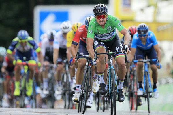 Peter Sagan mieri za víťazstvom v piatej etape Tour de France 2018.