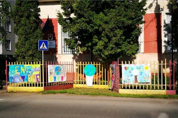 Špeciálna základná škola v Sobranciach.