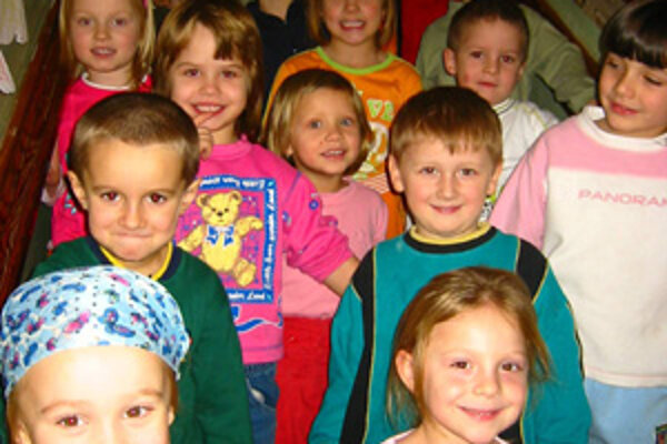 Deti z Materskej školy A. Kmeu v Žiline.