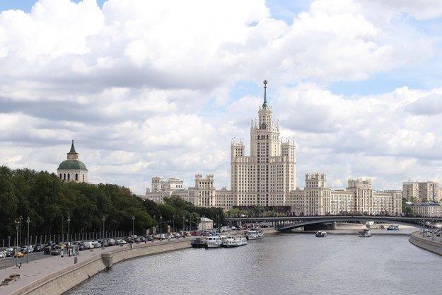 Moskva je nikdy nespiace mesto plné atrakcií.