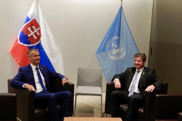 Podpredseda vlády Richard Raši spolu s ministrom zahraničia Miroslavom Lajčákom v OSN.