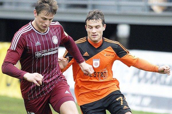 Ľuboš Kupčík (vľavo) je v Podbrezovej už tretiu sezónu.