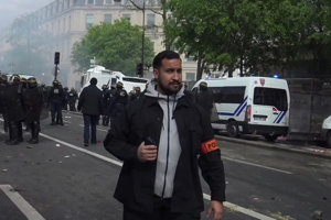 Poradca francúzskeho prezidenta Alexandre Benalla.