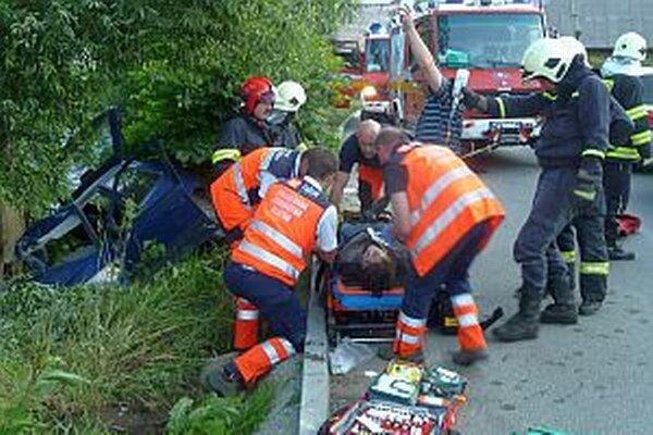 Na slovenských cestách zahynulo v roku 2014 až 184 ľudí pre nedodržanie povolenej rýchlosti.