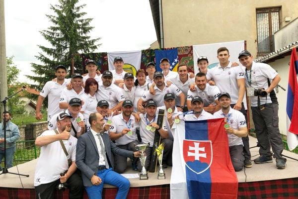 Slovenský tím po vyhlásení výsledkov.