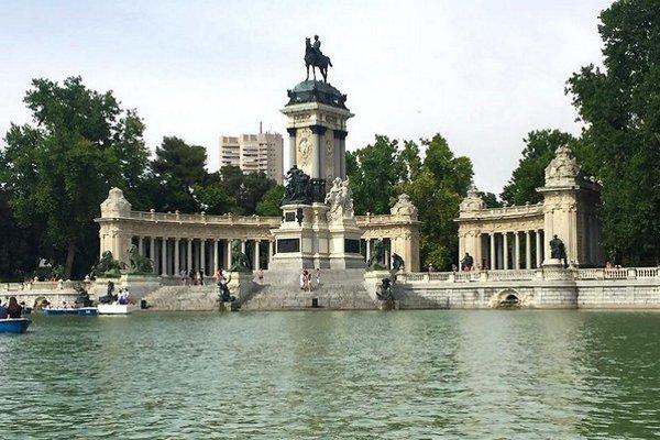 Parque del retiro – najznámejší park sjazerom vMadride.