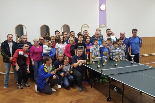 Stolnotenisové turnaje majú v obci tradíciu.