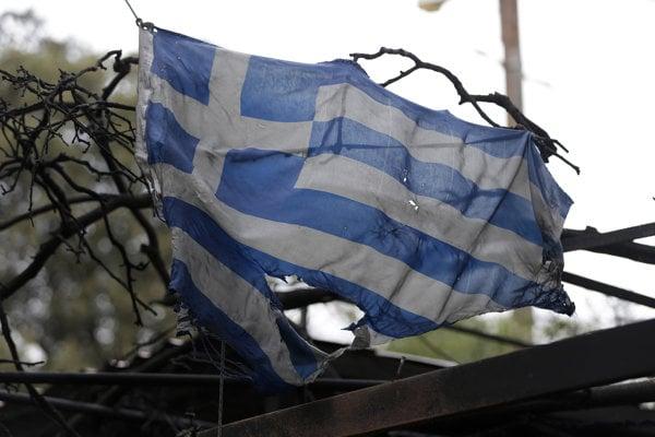 Grécko zápasí s požiarmi.
