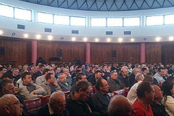 Na výročnú schôdzu prišla viac ako polovica členskej základne.