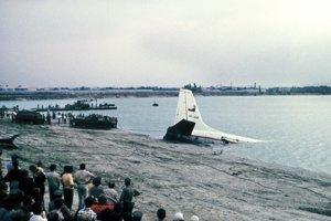 Záchranné práce 30. júla 1976 po leteckom nešťastí na Zlatých Pieskoch.