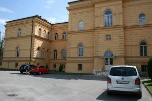 Spišskonovoveské gymnázium na Školskej ulici