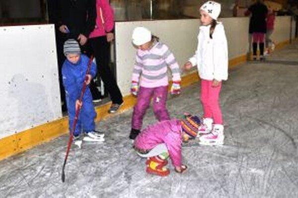 Korčule na ľad vystriedali kolieskové.