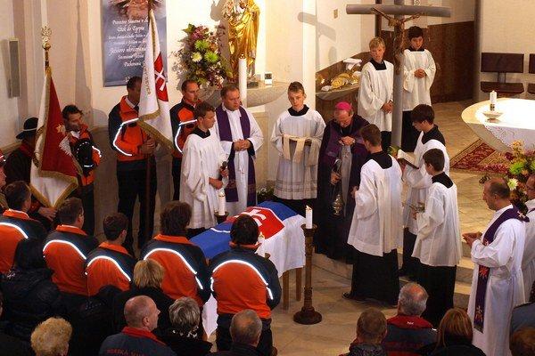 Svätú omšu celebroval František Rábek, ordinár Ozbrojených síl a ozbrojených zborov.