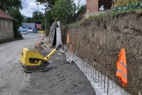 Oporný múr stál 17-tisíc eur.