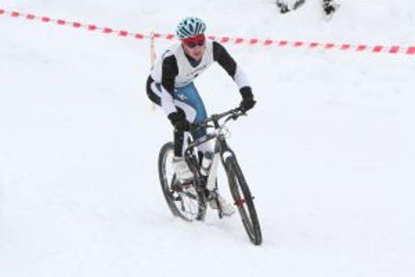 Na bicykli to mali súťažiaci najťažšie.