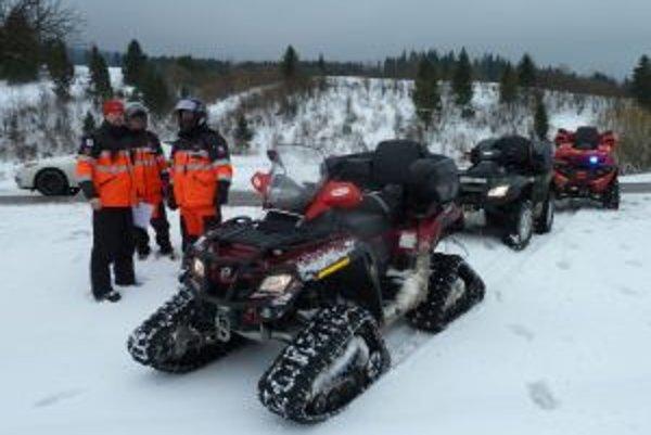 Členovia Orava rescue system pri hľadaní Martina Čurhu.