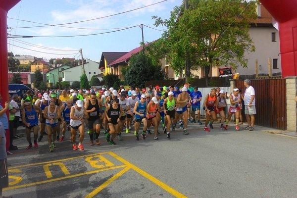 Štart Malého kavečianskeho polmaratónu.