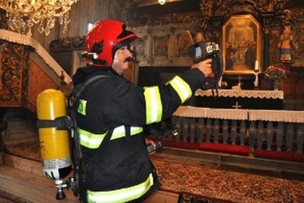 Termovízia ukáže hasičom zdroj tepla.