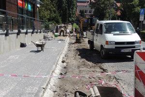 Na Zechenterovej nedávno začali s opravami roky kritizovaného úseku.