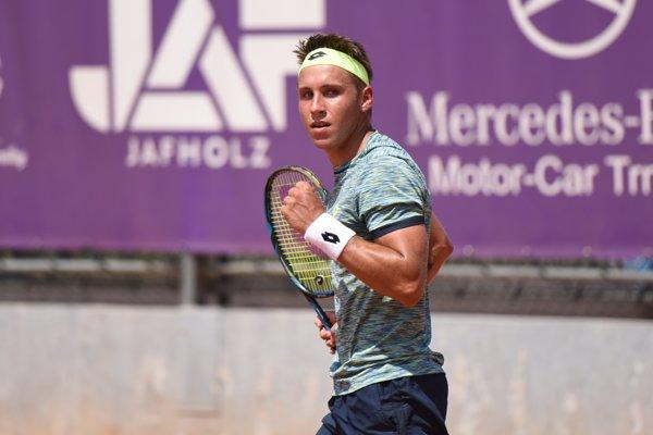 Slovenský tenista Alex Molčan.