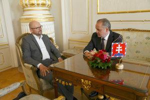 Prezident SR Andrej Kiska (vpravo) a predseda strany Sloboda a Solidarita  Richard Sulík.