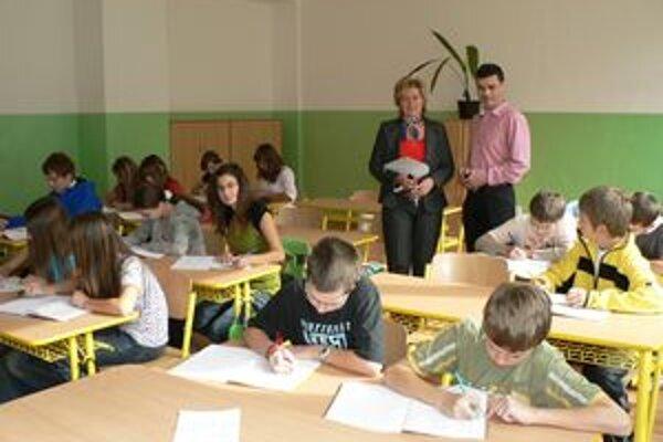 V nových triedach sa zatiaľ učia len žiaci prvého stupňa.