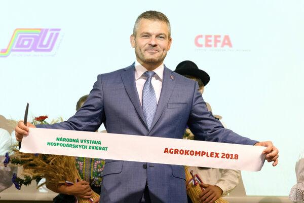 Vyše 650 vystavovateľov z 12 krtajín sa predstavuje na 45. ročníku medzinárodnej poľnohospodárskej a potravinárskej výstavy Agrokomplex v Nitre.