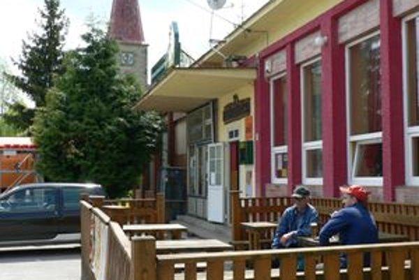 Najproblematickejšie miesto v Sedliackej Dubovej. Jedna z kamier bude monitorovať okolie pohostinských zariadení v centre dediny.