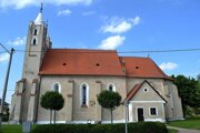 Kostol v Holiciach