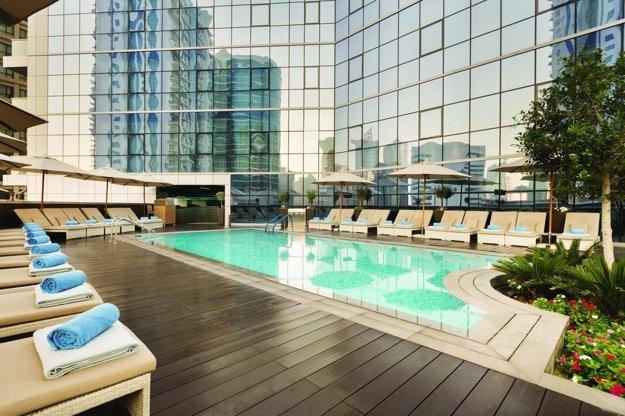 Hotel Tryp by Wyndham Dubai 4*, Dubaj.