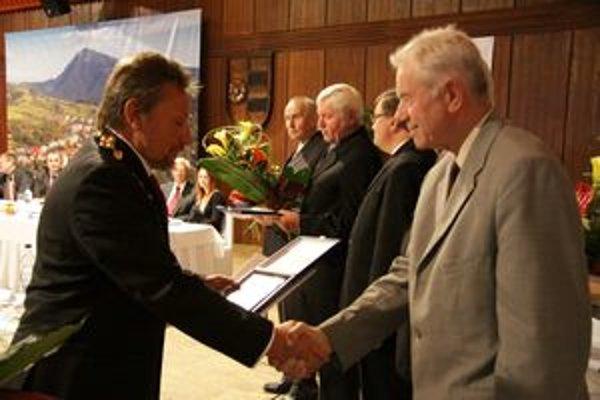 Medzi ocenenými nechýbal Michal Mačička, autor knihy Môj rodný kraj.