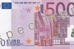 Skon�� 500 eurovka? ECB vyhodnocuje jej �al�� osud