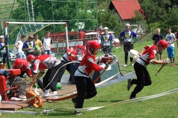 Pohár za víťazstvo má už aj Horná Poruba.