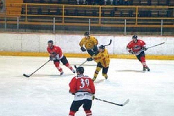 Topoľčany strelili doma Považanom sedem gólov.