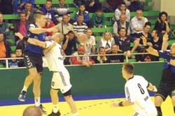 Topoľčany vyhrali o sedem gólov.