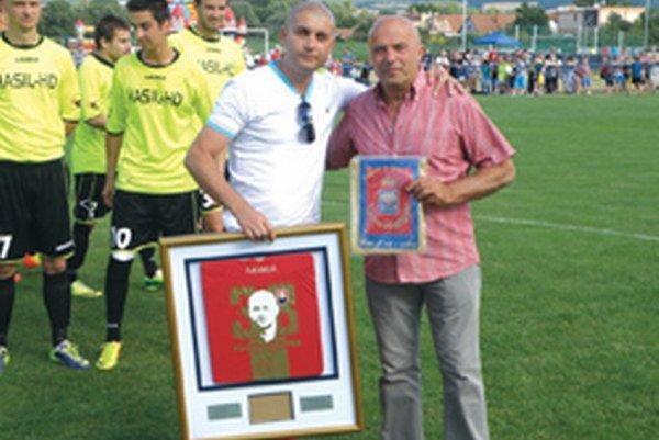 Peter Hazucha (vľavo) s prezidentom Sport Limo Pescara.