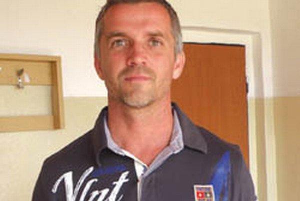Miroslav Kastelovič - ako tréner a tajomník doviedol Tovarníky k obhajobe prvenstva v súťaži MO Topoľčany.