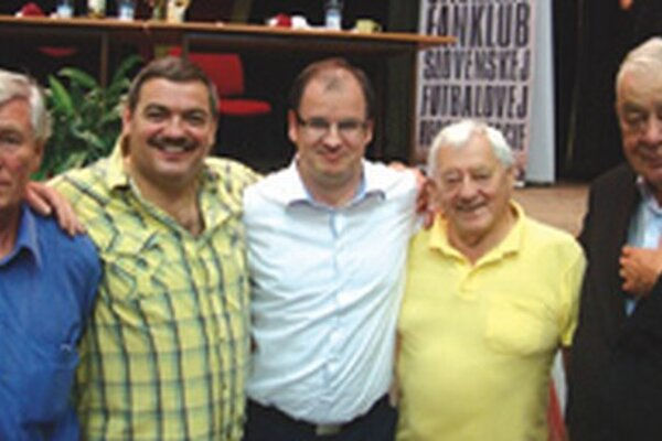 Zľava: Jozef Adamec, Michal Kica, Marcel Merčiak, Jozef Golonka a Karol Polák.