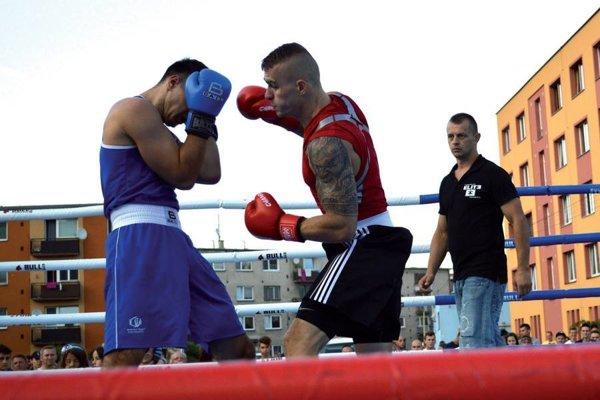 Michal Šurin (vpravo).