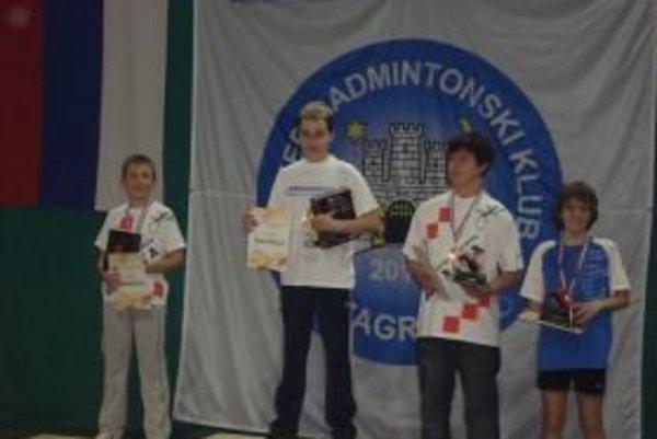 Adam Kakula (druhý zľava) vyhral turnaj v Chorvátsku.