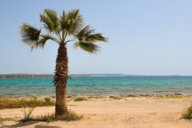 Južný Cyprus, pláž.