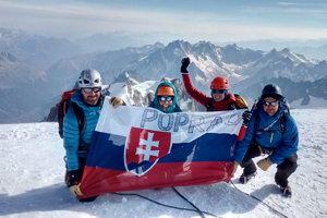 Spolu po zdolaní Mount Blancu. Popradčania pokorili najvyššiu horu Álp aEurópy.