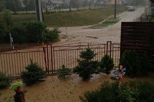 Záplavy v Buzici.