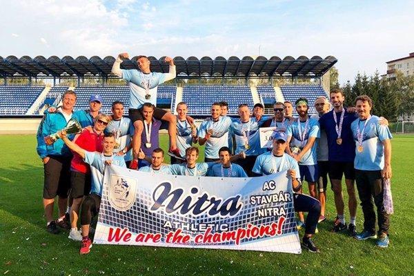 Atléti AC Stavbár Nitra vyhrali ligu štvrtý raz za sebou.