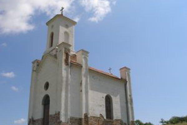 Kostol sv. Anny vysvätili v Kovarciach pred 130 rokmi.