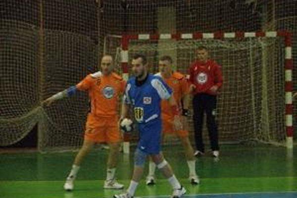 Pavol Bačík strelil v zápase sedem gólov.