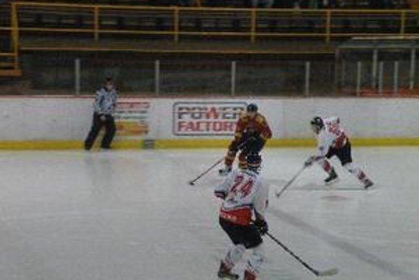 Hokejisti vyhrali vonku po predĺžení.
