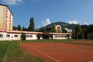 Ľahkoatletické ihrisko známe aj ako Sokolské ihrisko.